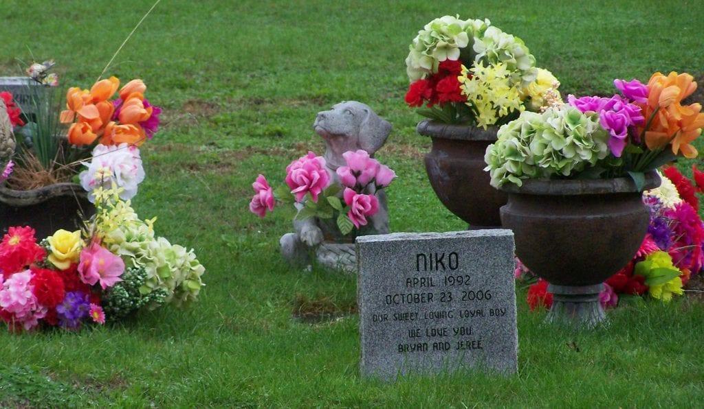 Pet Cemetery with Pet Memorial Service
